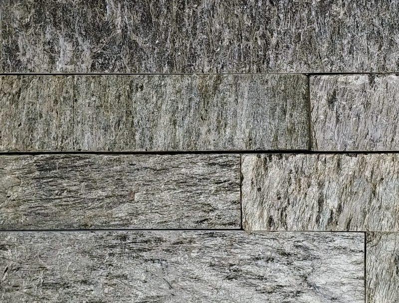 Platinum Sedan Splitface Stacked Stone
