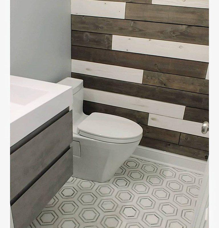 Marble hexagon mosaic bath floor