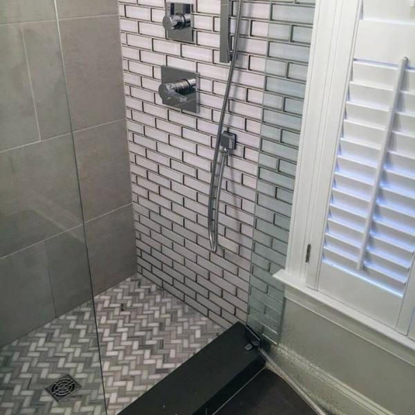 Bonnie_Bathroom