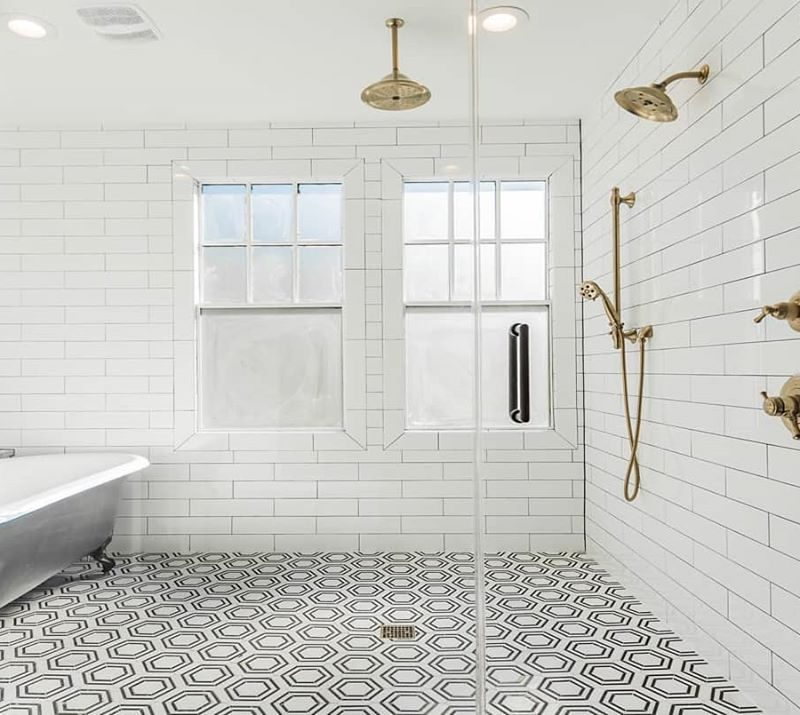 White-Glossy-Subway-Walls-Hexagon-Floor