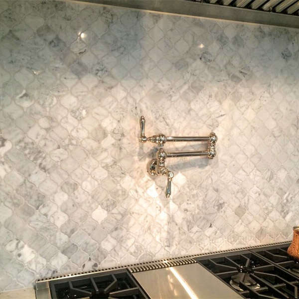 Turkish Carrara arabesque backsplash