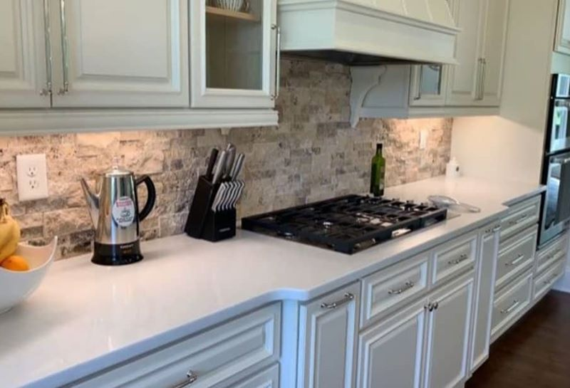 Stacked-Stone-Kitchen-Backsplash