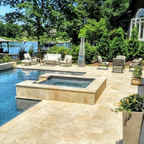 Medium Beige Travertine Pavers